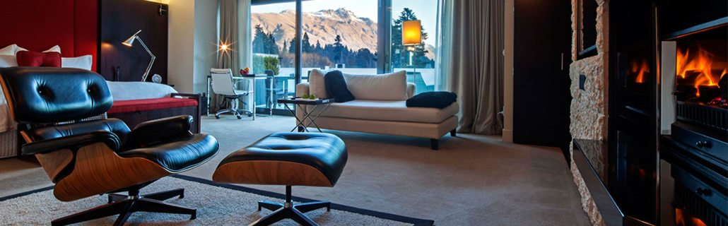 the-spire-hotel-deluxe-suite