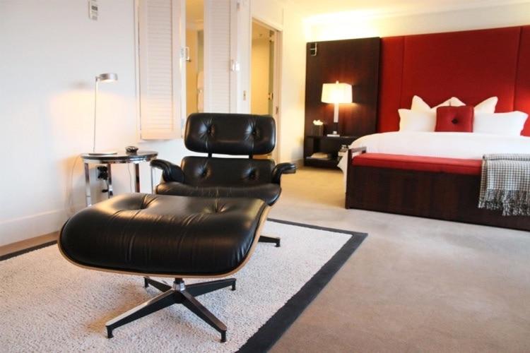 The Eames Lounge & Ottoman